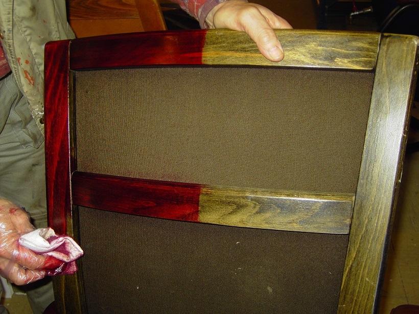 Indfarvning af træ med Gold Quality Narvsværte