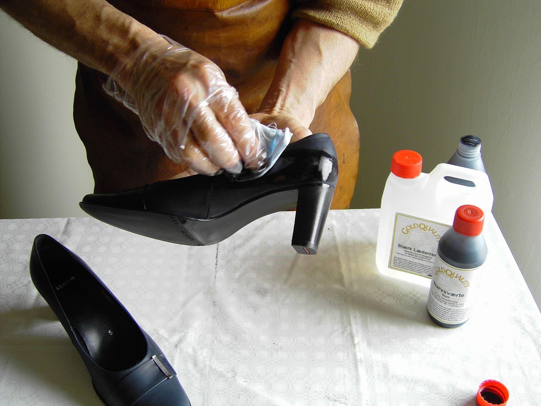 Narvsværte påføres med blød klud  ved stuetemperatur.