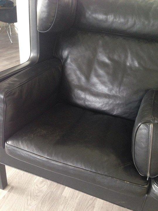 slidt-laeder-sofa-kradesmaerker