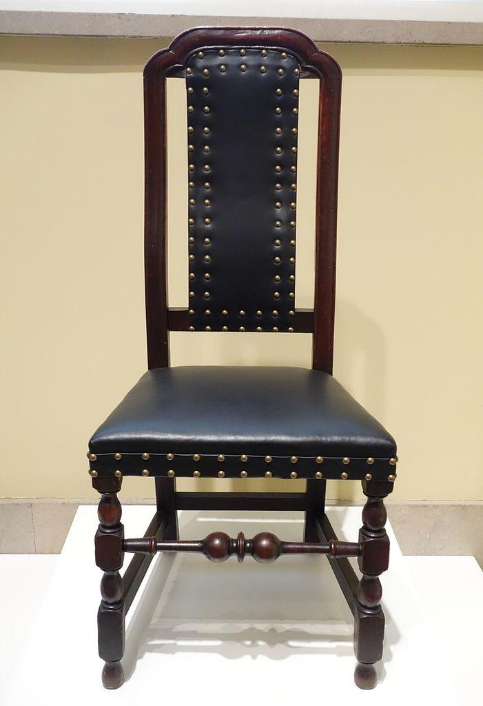renovering af læderstol