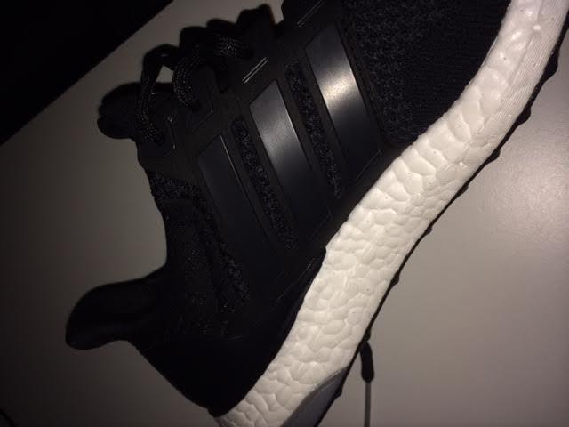 Sneakerpleje. Pleje og farve af Adidas sko